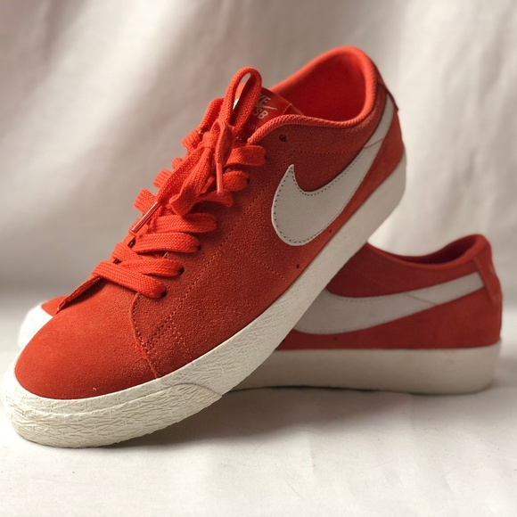best sneakers d387d d031a Select Size to Continue. M 5bac55a46a0bb7adcf8ce522